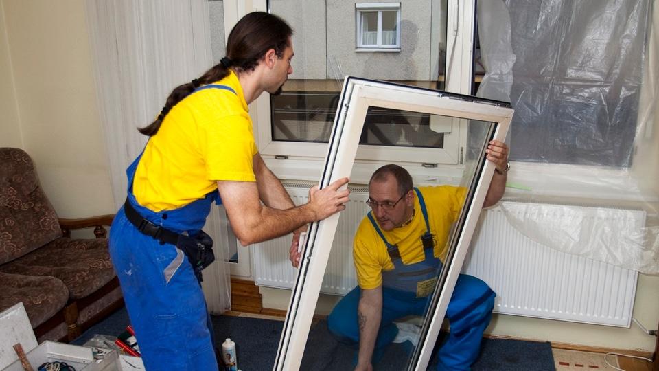 állásajánlat, munkalehetőség: ablakjavító, ablakszerelő betanítással